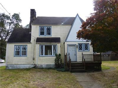 Single Family Home For Sale: 10 Brewster Avenue