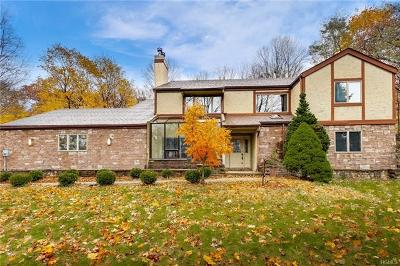 Suffern Single Family Home For Sale: 103 Lime Kiln Road