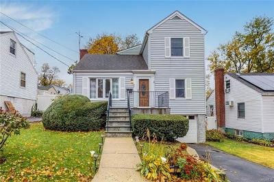 Yonkers Single Family Home For Sale: 82 Delaware Road