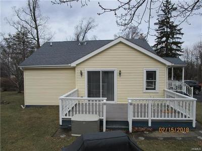 Monroe Single Family Home For Sale: 23 Paradise Trail