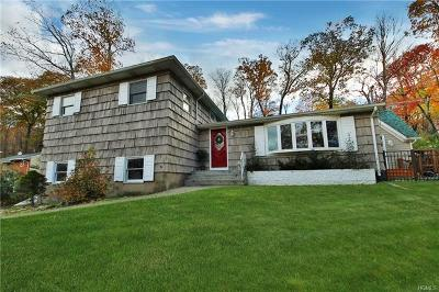 Tuxedo Park Single Family Home For Sale: 189 Fawn Hill Road