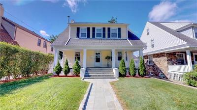 White Plains Single Family Home For Sale: 13 Walton Avenue