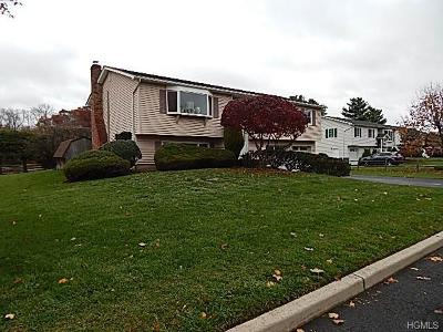 Rockland County Single Family Home For Sale: 6 Mace Drive