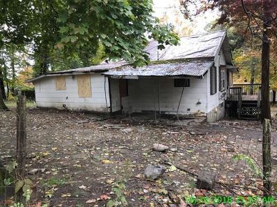 Monroe Single Family Home For Sale: 28 Higgins Trail