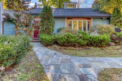 Brewster Single Family Home For Sale: 194 Allview Avenue