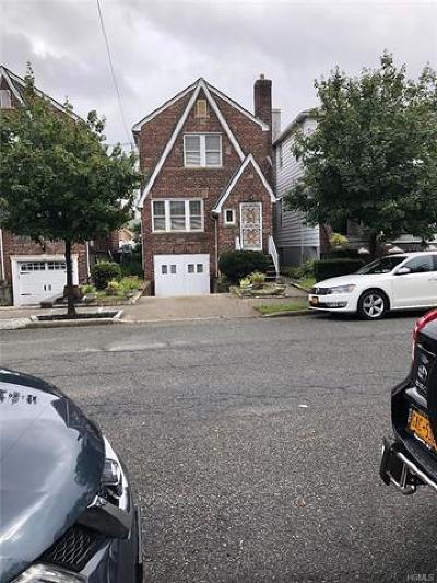 Bronx Single Family Home For Sale: 2214 Seymour Avenue