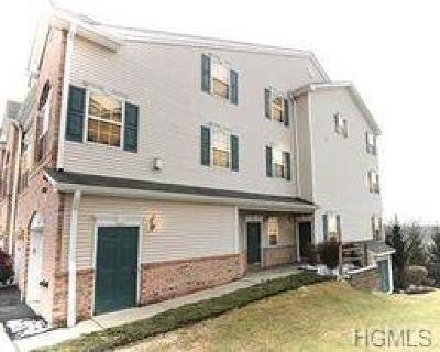 New Windsor Condo/Townhouse For Sale: 1301 Balsam Drive