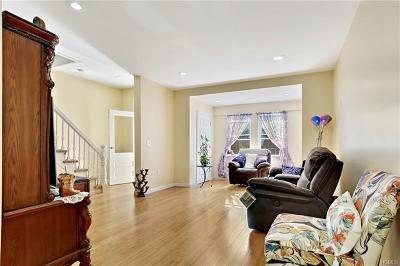 Bronx County Single Family Home For Sale: 843 East 221st Street