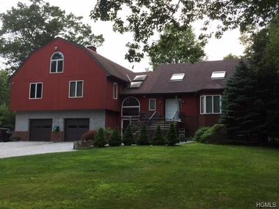 South Salem Single Family Home For Sale: 210 Smith Ridge Road
