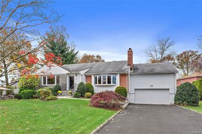 New Rochelle Single Family Home For Sale: 184 Stuart Drive