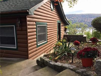 Greenwood Lake Single Family Home For Sale: 41 Lake Trail