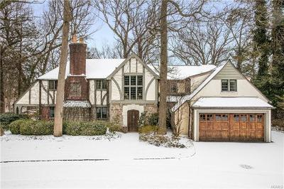 Larchmont Single Family Home For Sale: 19 West Drive