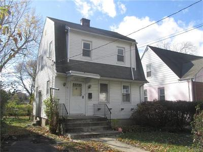 Westchester County Single Family Home For Sale: 63 Longdale Avenue