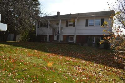 Rockland County Single Family Home For Sale: 35 South Parker Drive