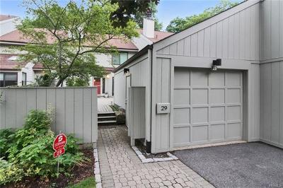 Larchmont Condo/Townhouse For Sale: 29 Pine Ridge Road