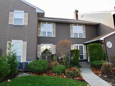 Warwick Condo/Townhouse For Sale: 45 The Rise