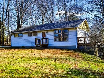 Middletown Single Family Home For Sale: 122 Gillen Road