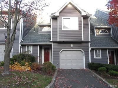 Nanuet Condo/Townhouse For Sale: 10 Skyline Terrace