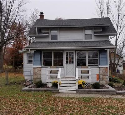 Middletown Single Family Home For Sale: 183 Commonwealth Avenue