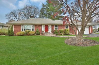 Hartsdale Single Family Home For Sale: 159 Princeton Drive