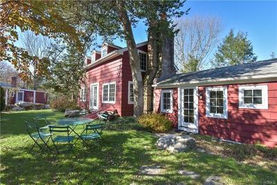 Westchester County Single Family Home For Sale: 204 Eastwoods Road