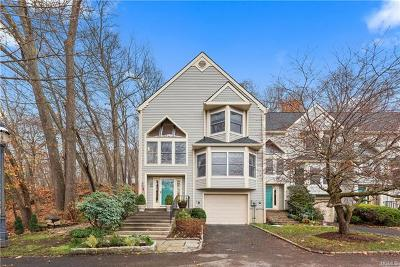 Westchester County Single Family Home For Sale: 20 Lowell Court