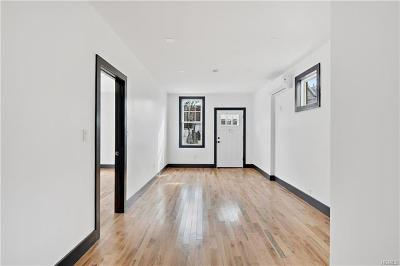 Bronx Single Family Home For Sale: 73 Bay Street