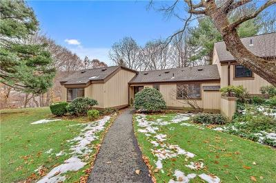 Westchester County Condo/Townhouse For Sale: 283 Heritage Hills #A