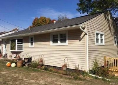 Middletown Single Family Home For Sale: 2 Highview Avenue