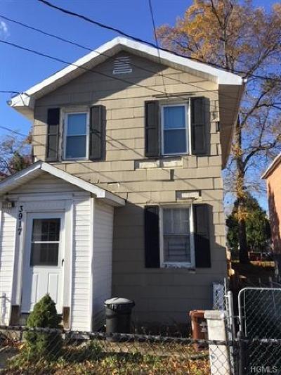 Bronx NY Single Family Home For Sale: $459,000