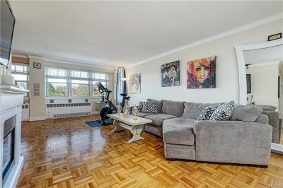Yonkers Co-Operative For Sale: 385 McLean Avenue #12E