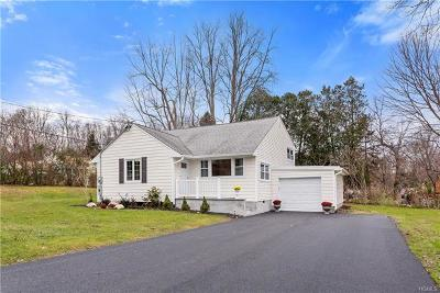 Mohegan Lake Single Family Home For Sale: 1486 Cross Road