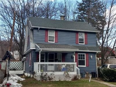 Rockland County Single Family Home For Sale: 25 Seven Lakes Drive