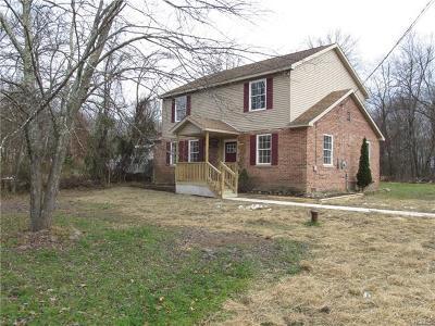 Pine Bush Single Family Home For Sale: 9 Sunset Trail