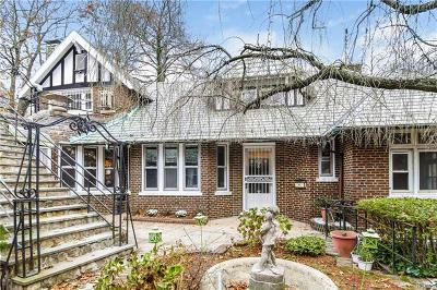Bronx Single Family Home For Sale: 1453 Midland Avenue