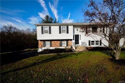 Single Family Home For Sale: 8 Riverglen Drive