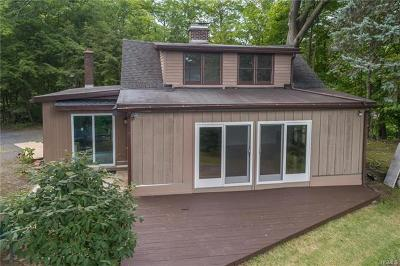 Milton Single Family Home For Sale: 23 Watson Avenue