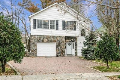 White Plains Single Family Home For Sale: 72 Greenridge Avenue