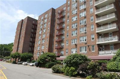 Yonkers Co-Operative For Sale: 245 Rumsey Road #2V