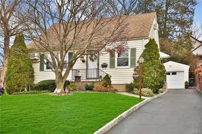 Valhalla Single Family Home For Sale: 200 Madison Avenue