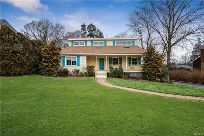 New Rochelle Single Family Home For Sale: 18 Mohegan Place