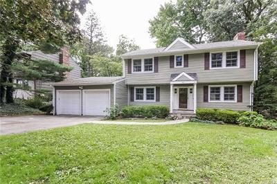 Larchmont Single Family Home For Sale: 12 Lundy Lane