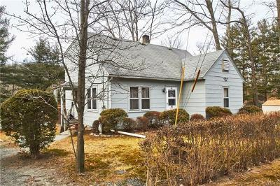 Pine Bush Single Family Home For Sale: 92 Lake Shore Drive