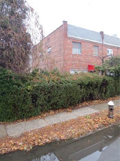 Bronx Single Family Home For Sale: 731 Rhinelander Avenue