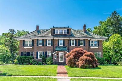 New Rochelle Single Family Home For Sale: 71 Elk Avenue