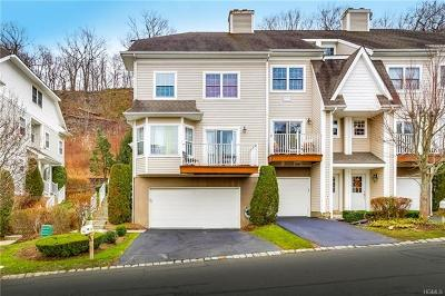 Rockland County Condo/Townhouse For Sale: 58 Crystal Hill Drive