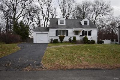 Rockland County Single Family Home For Sale: 12 Brown Drive