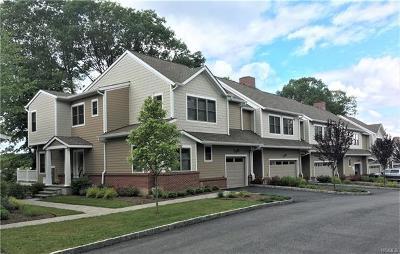 South Salem Condo/Townhouse For Sale: 312 Boulder Ridge #34