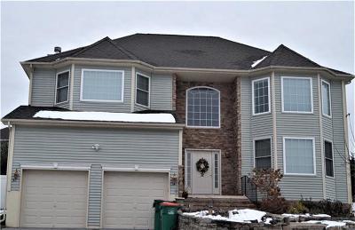 Poughkeepsie Single Family Home For Sale: 72 Stratford Drive #38