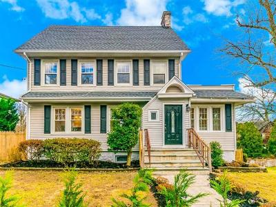 Yonkers Single Family Home For Sale: 52 Lefferts Road